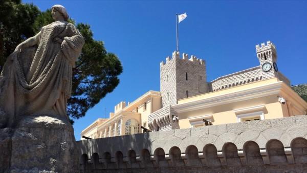 Symbole Monako: herb, flaga, hymn