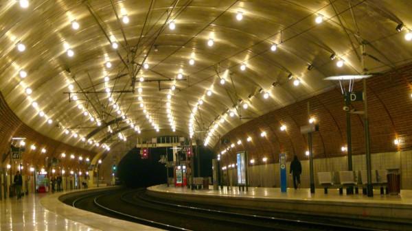 Dworzec kolejowy w Monako Monte Carlo